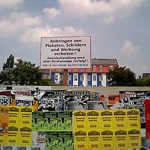 anbringen von plakaten verboten!