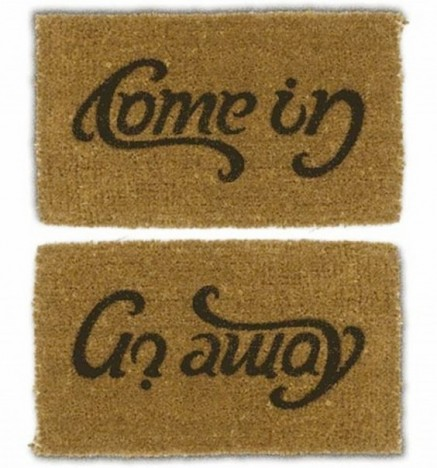Ambigramm: Come in - Go away