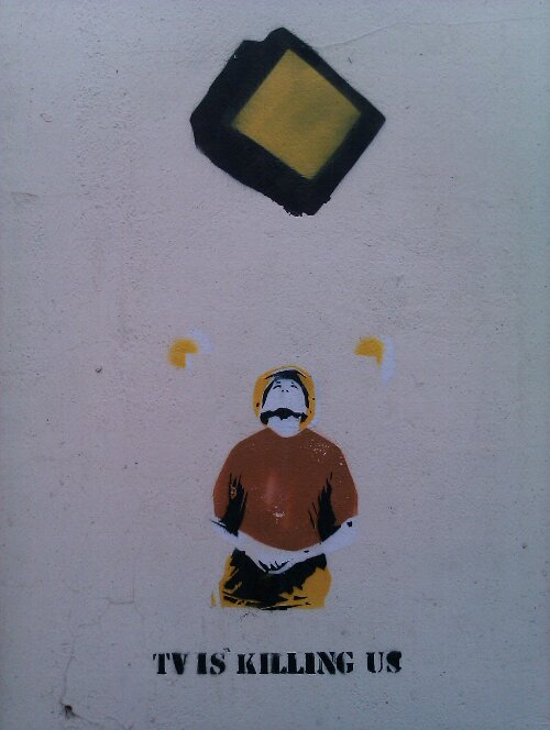 Stencil Graffiti: TV is killing us